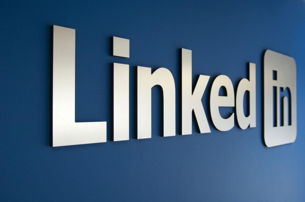 LinkedIn Perbarui Fitur Pesan SIngkat