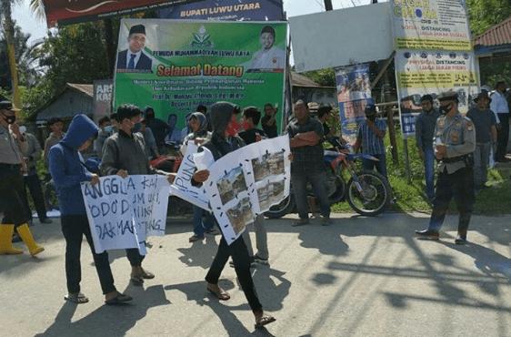 Gelar Aksi Demo, Masyarakat Minta Kejelasan Penanganan Banjir Luwu Utara